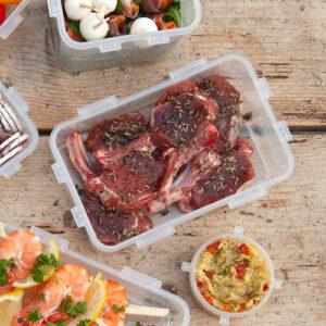 BBQ-recept: lamsrack met rozemarijn rub